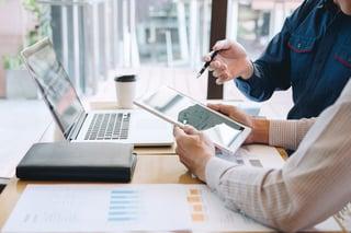 121271758_l-nutanix-business-benefits-enterprise-cloud