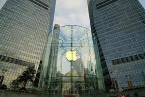 Financial Impact of Mac Applein Enterprise IT